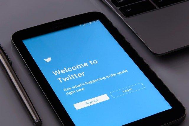Kako Zaraditi Na Twitteru